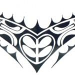 Modèle tatouage polynesien bas du dos