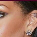 Tatouage oreille étoile Rihanna