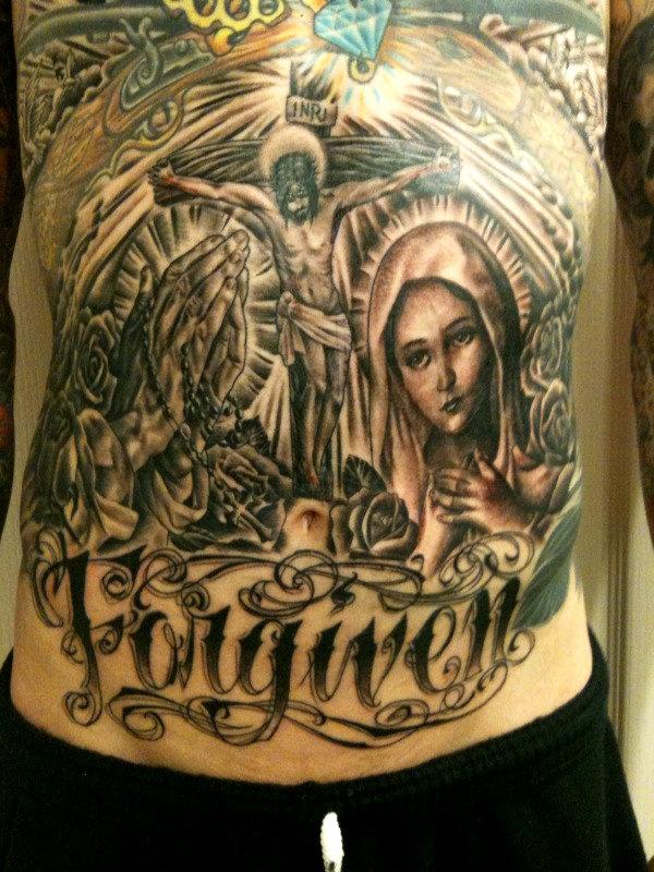 Photos des tatouages de miley cyrus, hannah montana, trace tyrus et
