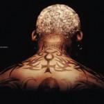 Tatouage nuque et cou Rodman détail