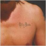 Tatouage sur le coeur de Johnny Depp