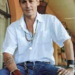 Tatouage hirondelle Johnny Depp