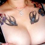 Tatouage hirondelle pour femme