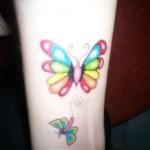 Modèle tatouage poignet Papillon couleur