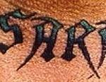 tatouage sur le cou et la gorge : la femme de l'undertaker