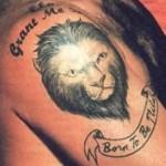 Tatouage lion détail Robbie Williams