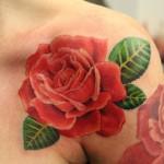 Modèle de tatouage de rose rouge réaliste