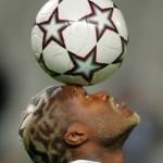 Djibril Cissé, tatouages et coupes de cheveux extravagants