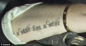 Nouveau tatouage Lindsay Lohan : avant-bras I'm a star