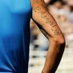 Tatouage Ibrahimovic écriture arabe