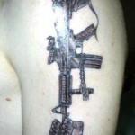 Tatouage militaire hommage aux soldats morts