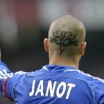 Tatouage tribal crâne de Jérémie Janot