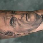 Tatouage portrait en Noir et blanc par Stéphane Chaudesaigues