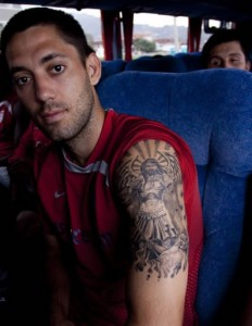 Tatouage Clint Dempsey Tatouage Footballeur Americain Tattoo De