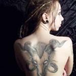Modèle de tatouage de bélier dos entier