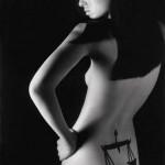 Modèle de tatouage de balance féminin