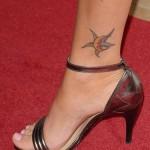 Tatouage de Megan Fox sur la cheville