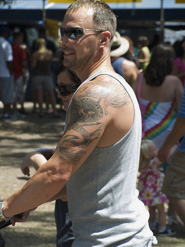 Tatouage Epaule Modele De Tattoo Sur Les Epaules Tattoo