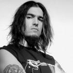 Piercing au nez pour homme : Robb Flynn de Machine Head