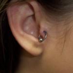 Piercing à l'oreille : tragus