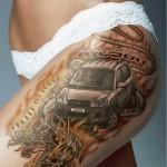 Tatouage sur la cuisse pour une publicité Hyundai
