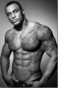 Tatouages pour homme noir