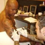 Tatouage bras Maori Jonah Lomu ex- All Blacks
