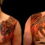 tatouage de tigre sur l'epaule