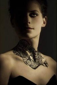bijou tatouage collier