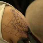 tatoauge de chronometre avec chaine moto