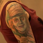 tatouage du chapelier Johnny depp d'alice in wonderland