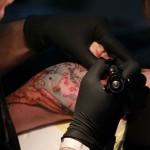 tatouage en couleur sur le bras