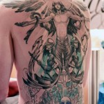 tatouage dieu manga dos integral en cours