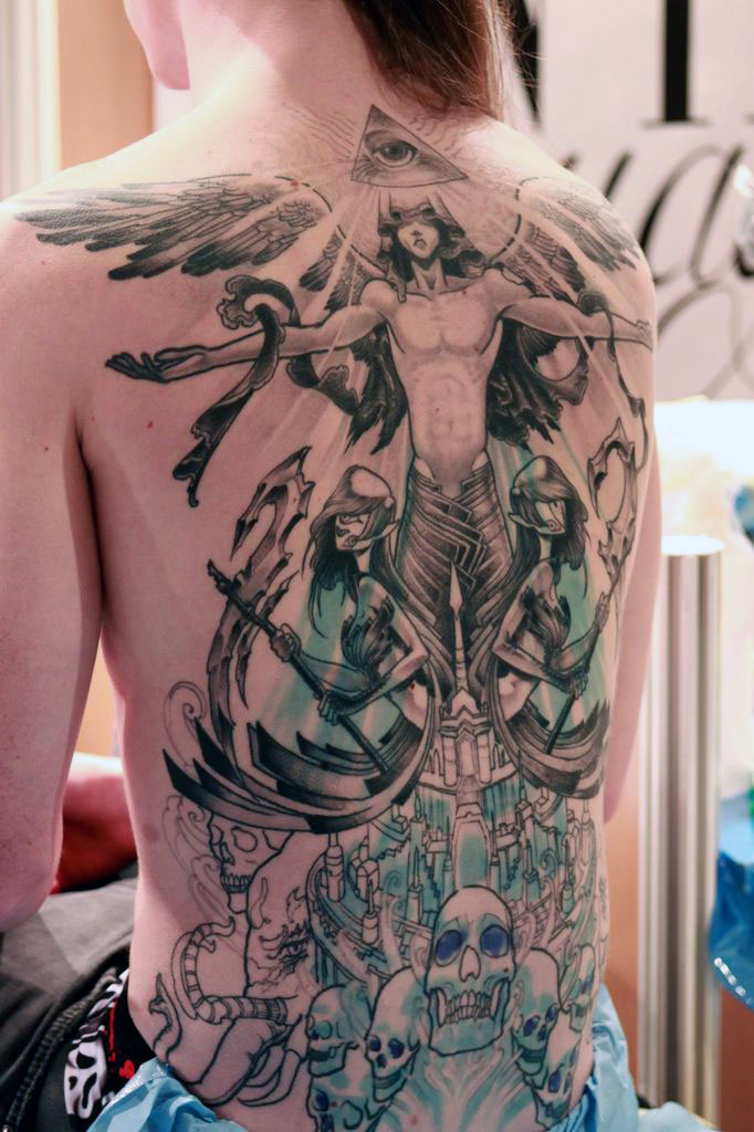 Pin enfant fille tattoo polynsien papillon fleur nazca cultural skin on pinterest - Tatouage fleur dos ...