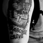 tatouage gorille marche ou creve