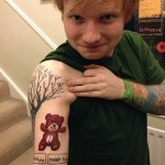 Tatouage Ed Sheeran ours en peluche