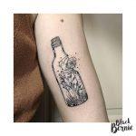 tatouage bouteille fiole