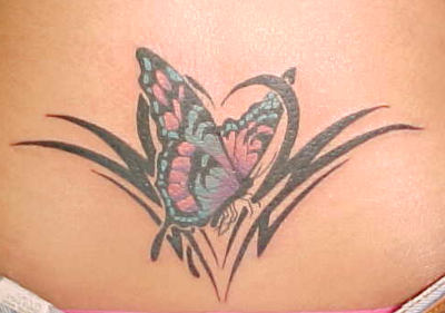 tatouage papillon mod le de tatouage et signification symbolique du papillon tattoo. Black Bedroom Furniture Sets. Home Design Ideas
