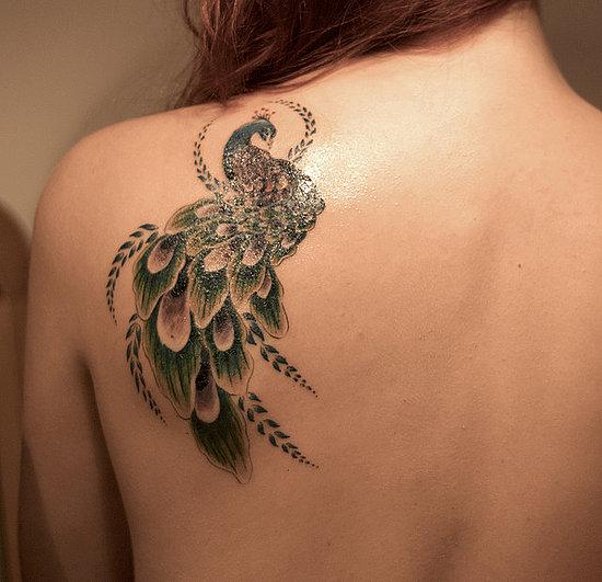 tatouage épaule : modèle de tattoo sur les épaules | tattoo